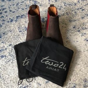 Ariat Shoes - Ariat suede Chelsea boots